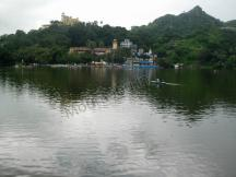 Mount Abu Lake - Hotels in Mount Abu