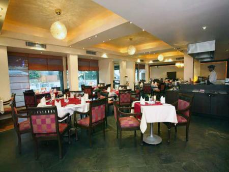 Mukberry Tree Restaurant, Mount Abu